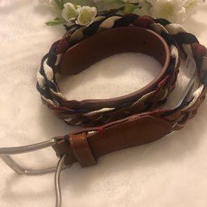TOMMY HILFIGER belt...SIZE medium